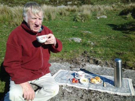 A warming Devon Cream Tea on Dartmoor