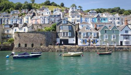 Dartmouth only 26 miles from this self catering cottage