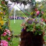 Maypole Dance in Lustleigh's Orchard close to the holiday let
