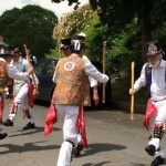 Lustleigh May Day Morris Dancing next to the holiday cottage