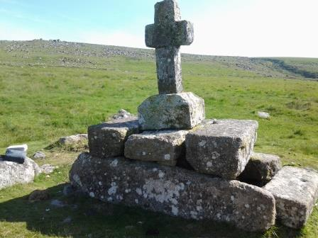 Elaborate dartmoor cross marking the tomb of Childe the hunter