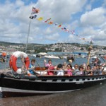 Teignmouth to Shaldon Ferry enabling holiday cottage guests to visit both Teignmouth and Shaldon in one day out from the dartmoor self catering accommodation