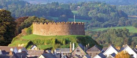 Totnes Castle 20 miles from the self catering accommodation