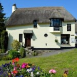 Picturesque Thatched Tea Room with stunning gardens in the centre of Lustleigh, Dartmoor's prettiest village